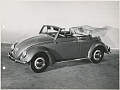 VW - 1956 - Beetle, Oval, Beetle Convertible, VW press pictures - Käfer Cabrio offen S/W - [9285]